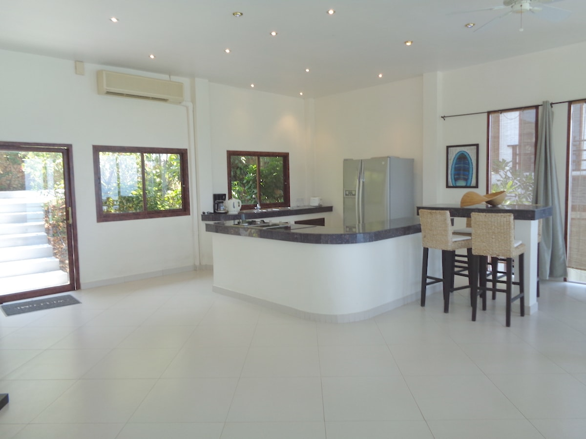 Sunrise Villas Sunrise Villas Samui We offer the ultimate in